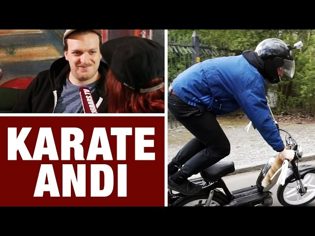 Karate Andi beim Mofa-Fahrtraining + Interview (16BARS.TV)