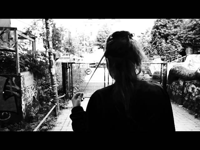 Haiyti, KitschKrieg - Ein Messer