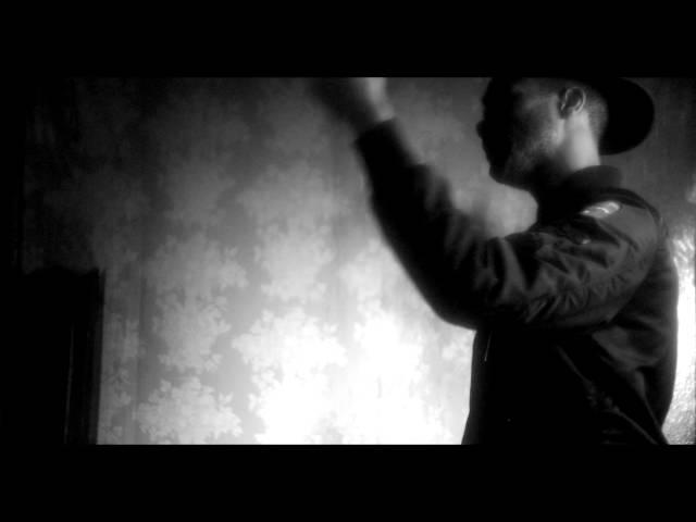 Mibbs, Scoop DeVille - Mr. Knowitall