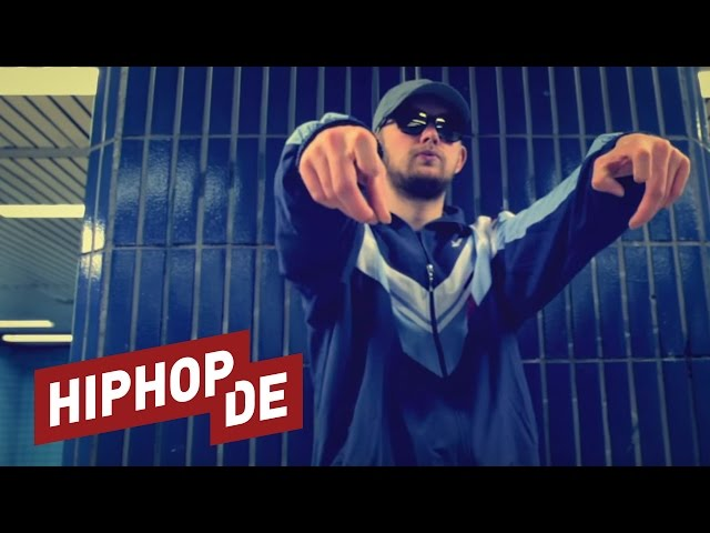 Juicy Gay – Savage (prod. AsadJohn) – Videopremiere