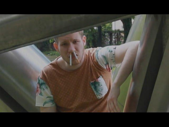 MC Smook - Wie kann man nur so dumm sein & rauchen (Musikvideo)